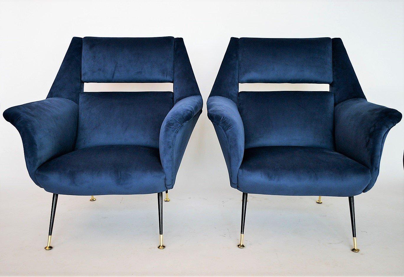 Italienische sessel aus k nigsblauem samt von gigi radice for Italienische sessel design