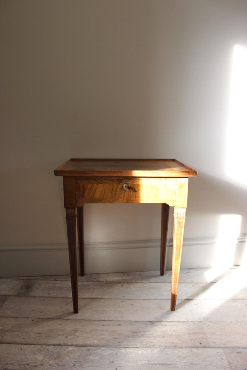 ocaissional fine jun occasional century no ca table collections a tables ambulante antiques ref satinwood connaught