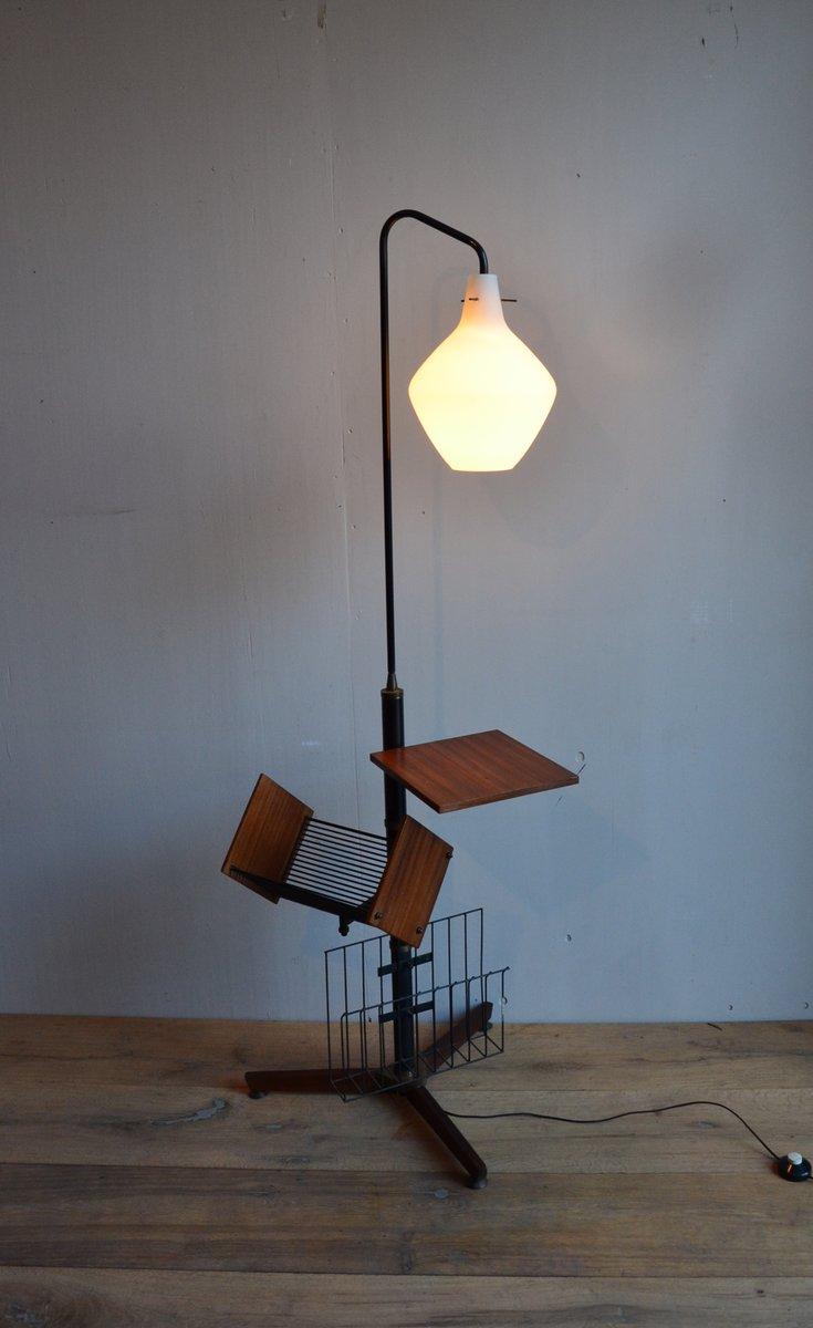 italienische stehlampe mit magazinst nder 1958 bei pamono kaufen. Black Bedroom Furniture Sets. Home Design Ideas