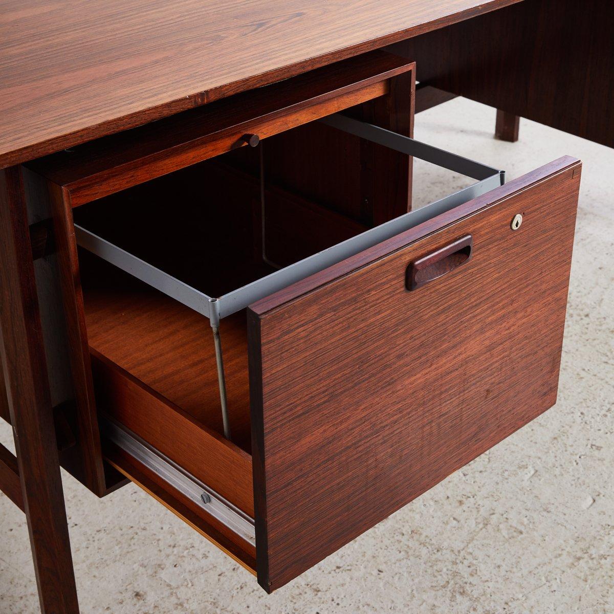 d nischer palisander schreibtisch 1970er bei pamono kaufen. Black Bedroom Furniture Sets. Home Design Ideas