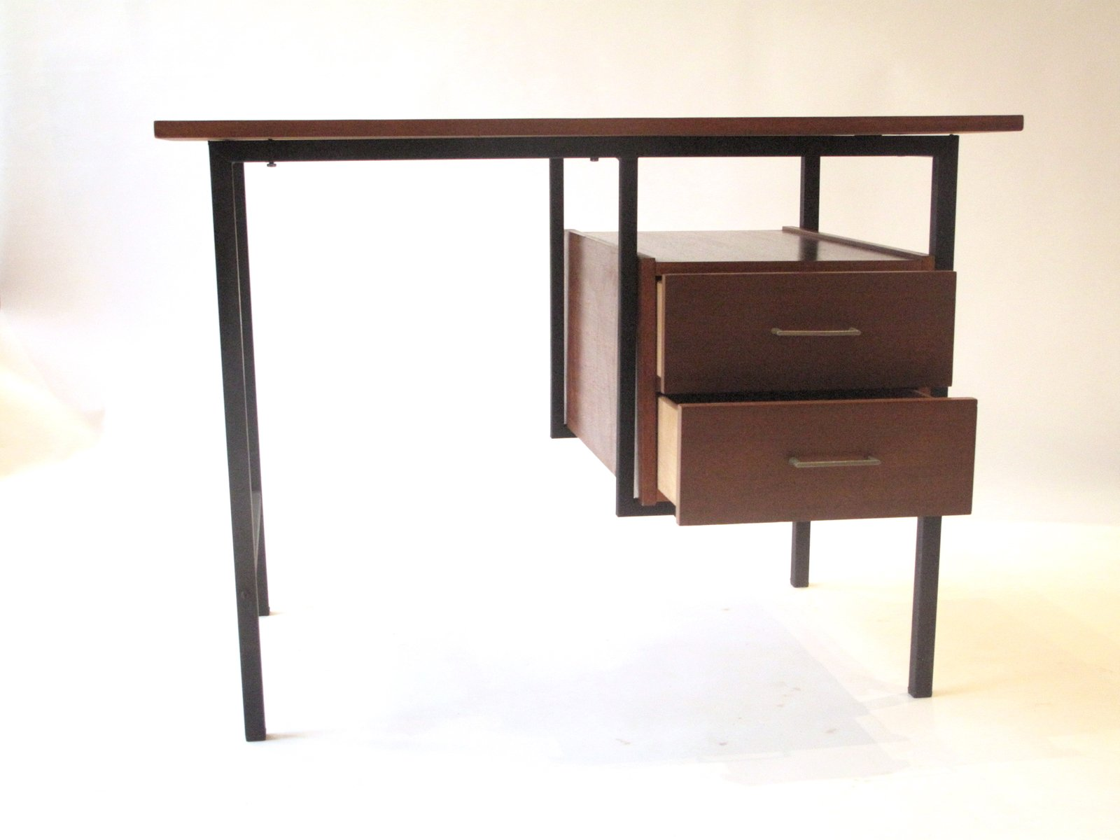 bureau en bois et m tal 1960s en vente sur pamono. Black Bedroom Furniture Sets. Home Design Ideas