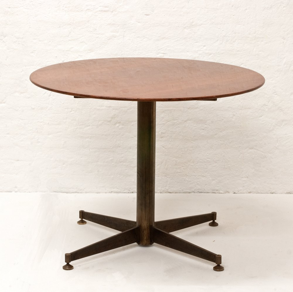Italian small round dining table 1950s for sale at pamono for Small round dining table