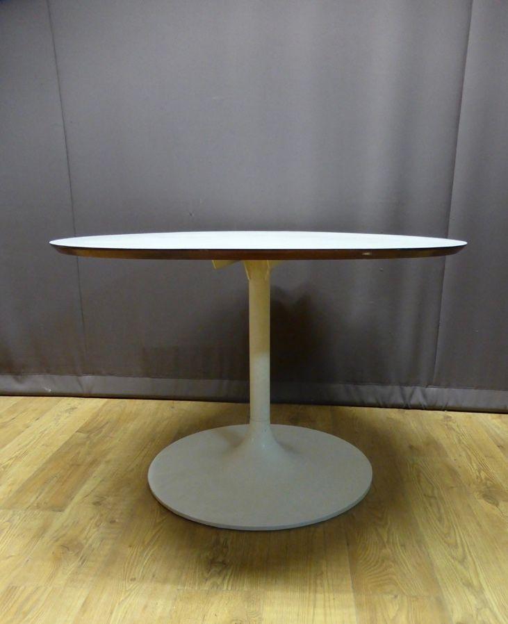 runder tisch mit tulip fu 1970er bei pamono kaufen. Black Bedroom Furniture Sets. Home Design Ideas