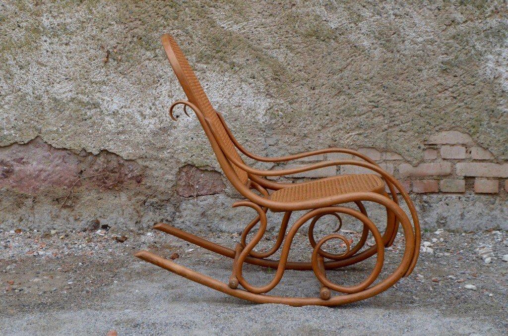 Antiker schaukelstuhl von thonet 1908 bei pamono kaufen for Thonet schaukelstuhl