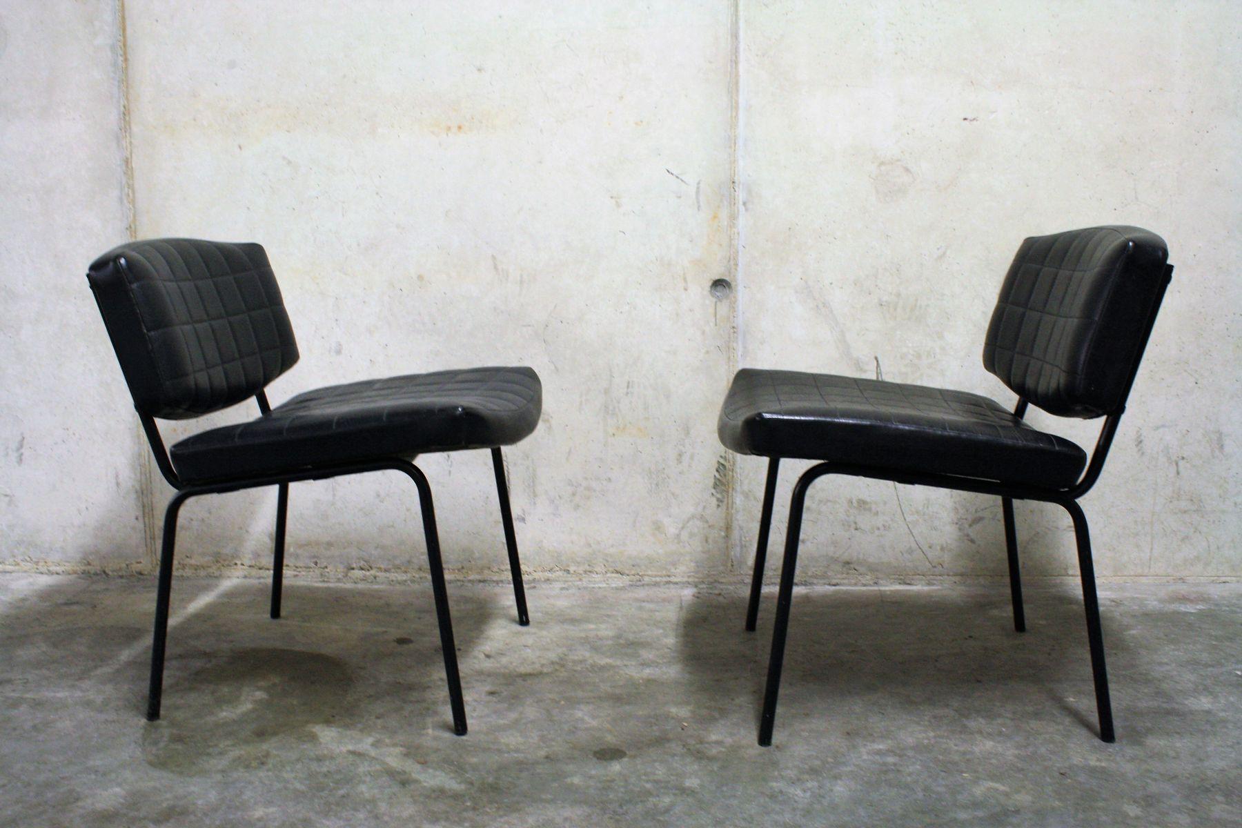 schwarze vintage kunstleder st hle von pierre guariche f r. Black Bedroom Furniture Sets. Home Design Ideas