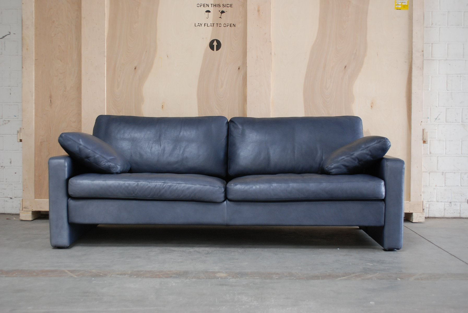 Charmant Vintage Conseta Blue Leather Sofa From Cor