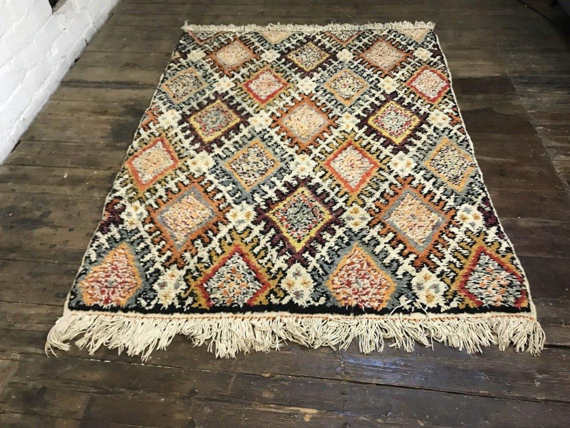 vintage moroccan berber beni ouarain shag wool rug 1963. Black Bedroom Furniture Sets. Home Design Ideas