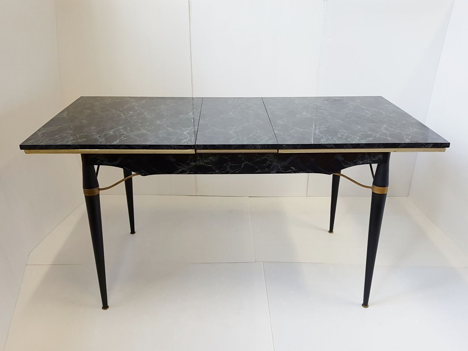 dining table in formica metal wood 1950s for sale at pamono. Black Bedroom Furniture Sets. Home Design Ideas