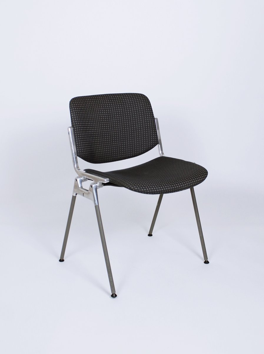 Vintage italian stacking dsc axis 106 chair by giancarlo for Chair in italian