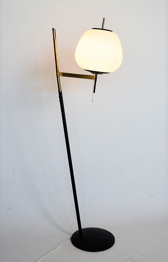 lampadaire de stilnovo 1950s en vente sur pamono. Black Bedroom Furniture Sets. Home Design Ideas