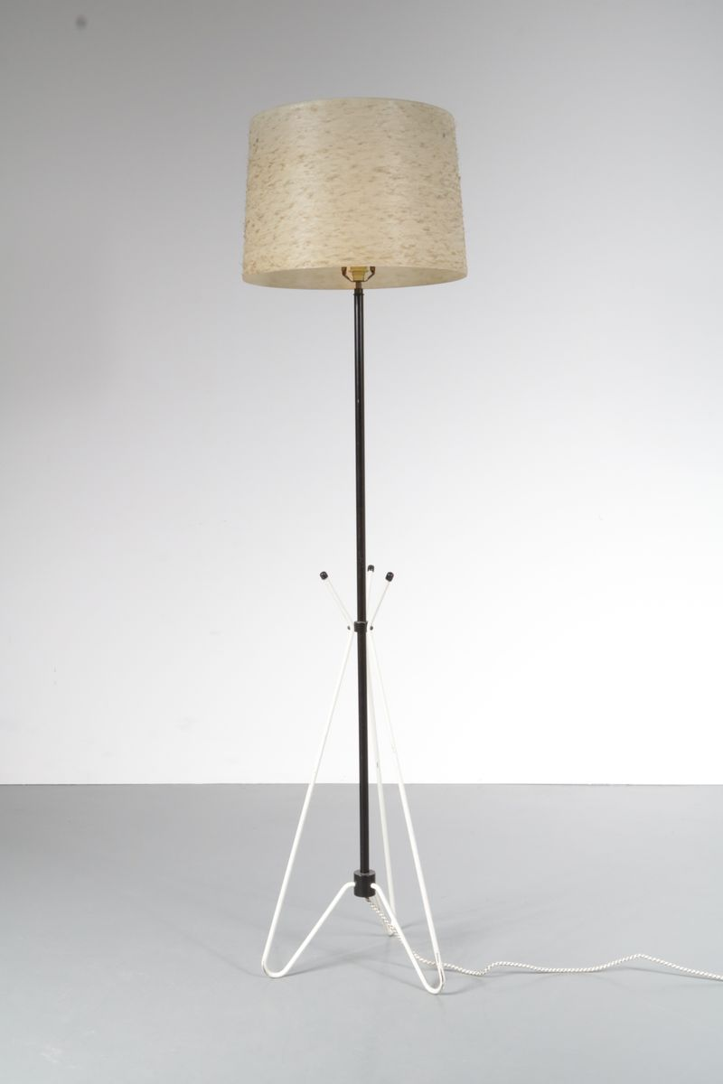 Dutch floor lamp from philips 1950s en venta en pamono dutch floor lamp from philips 1950s aloadofball Image collections