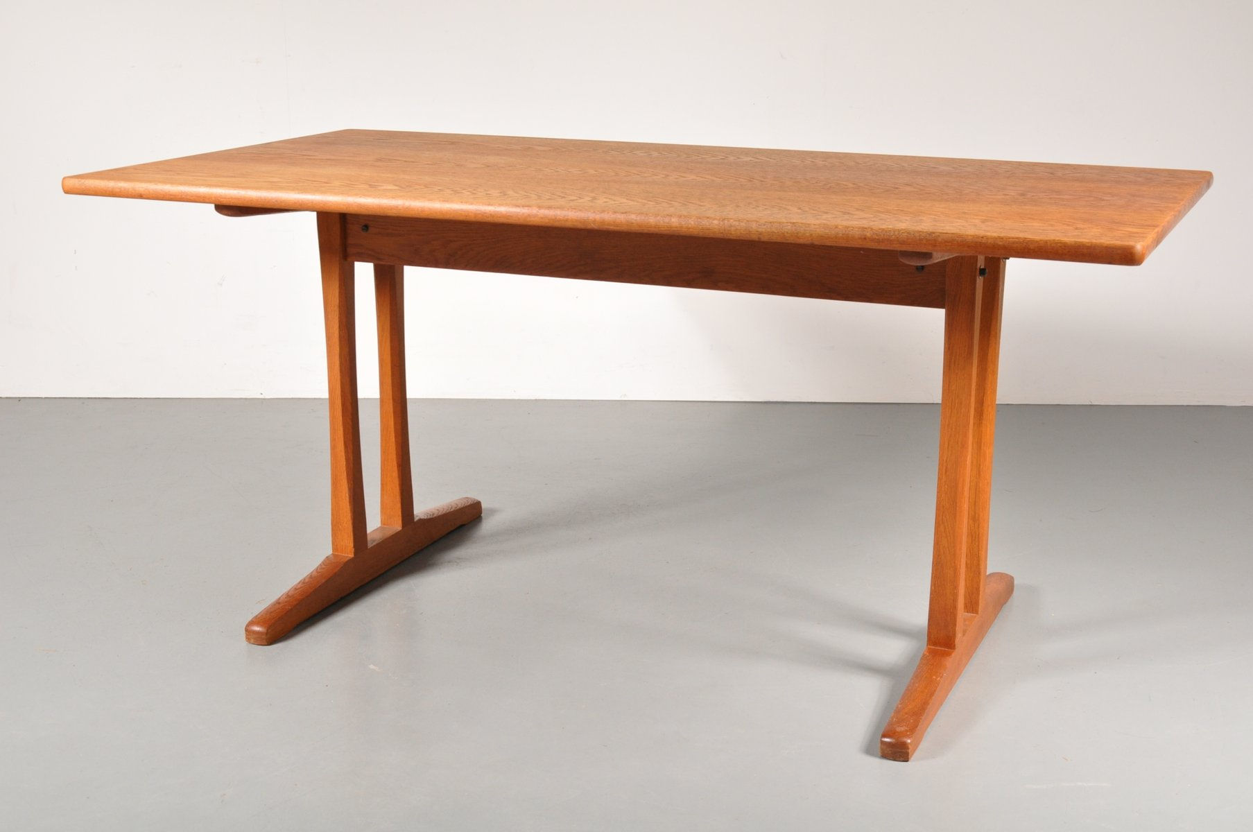 Scandinavian Shaker Dining Table by Borge Mogensen for FDB 1960s