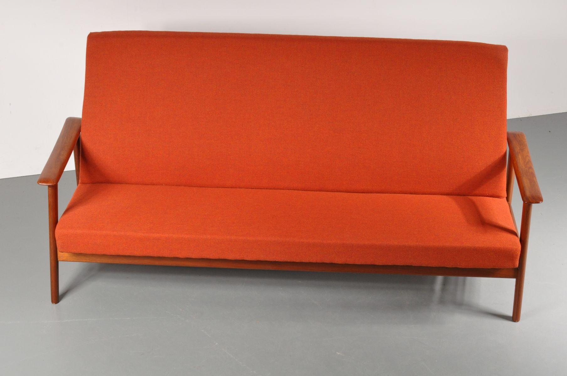 skandinavisches drei sitzer sofa 1950er bei pamono kaufen. Black Bedroom Furniture Sets. Home Design Ideas