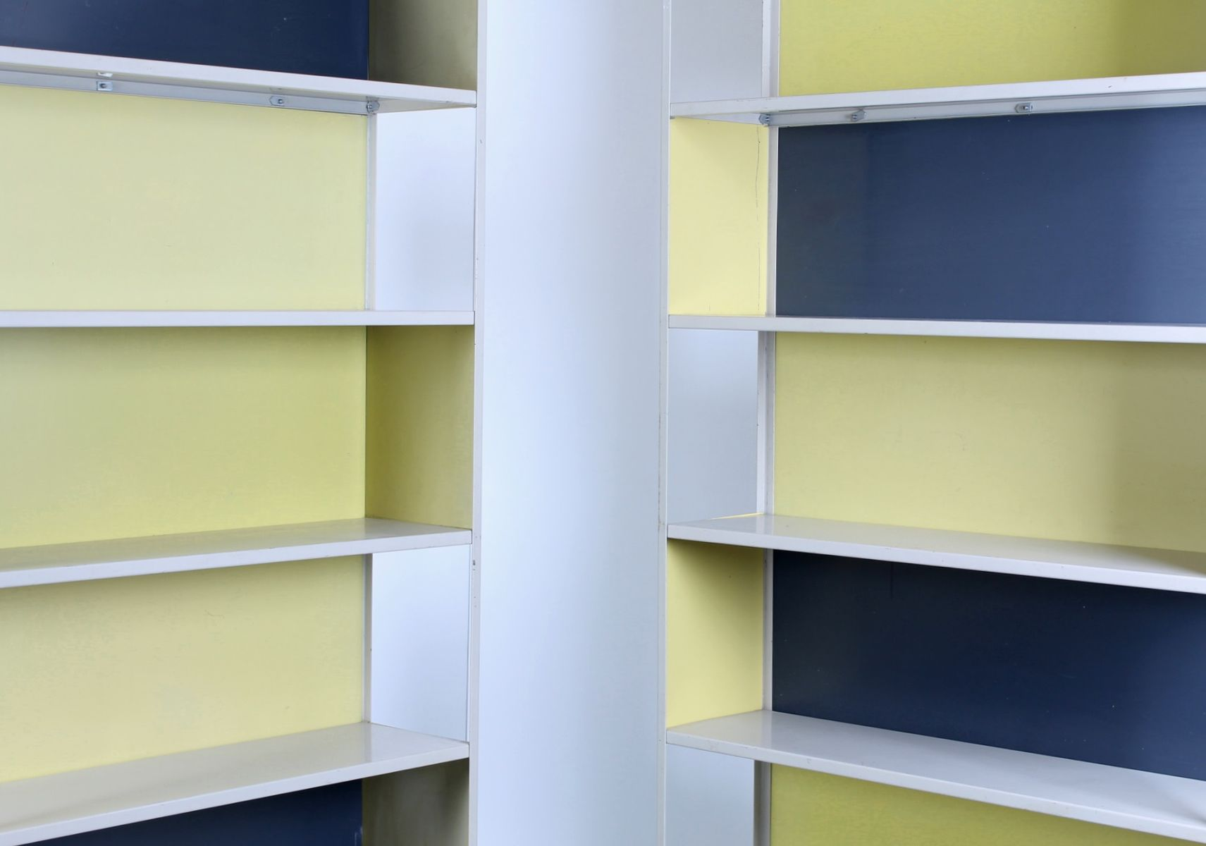 kramer dividers set asmeta by of friso for bookcase room