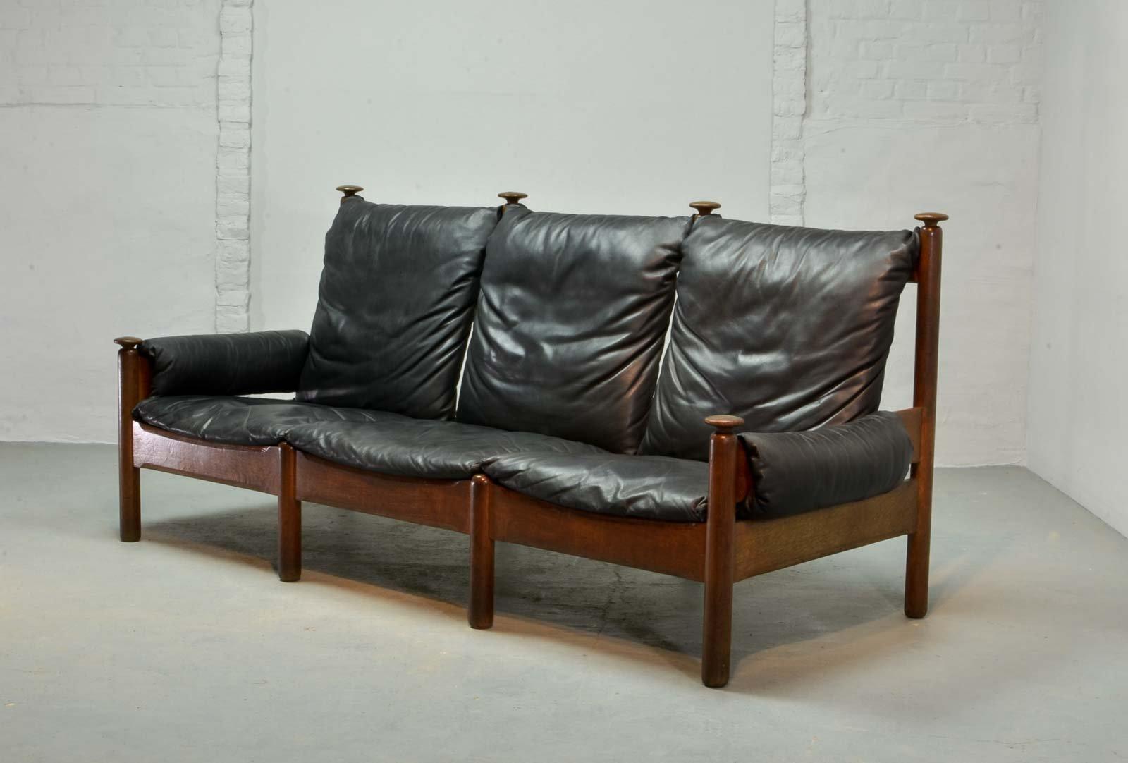 skandinavisches schwarzes drei sitzer ledersofa 1960er. Black Bedroom Furniture Sets. Home Design Ideas