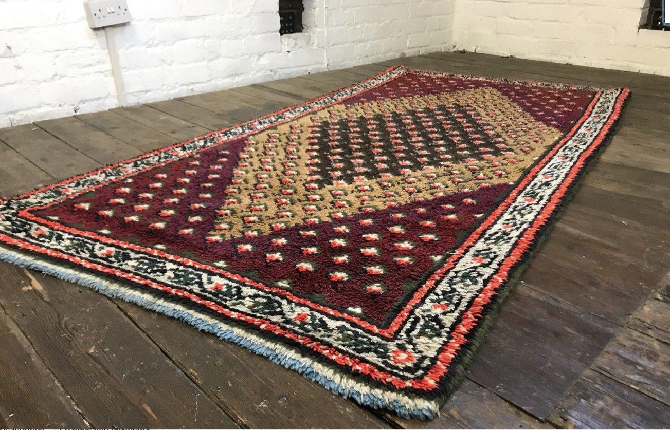 vintage moroccan berber beni ouarain shag wool rug for. Black Bedroom Furniture Sets. Home Design Ideas