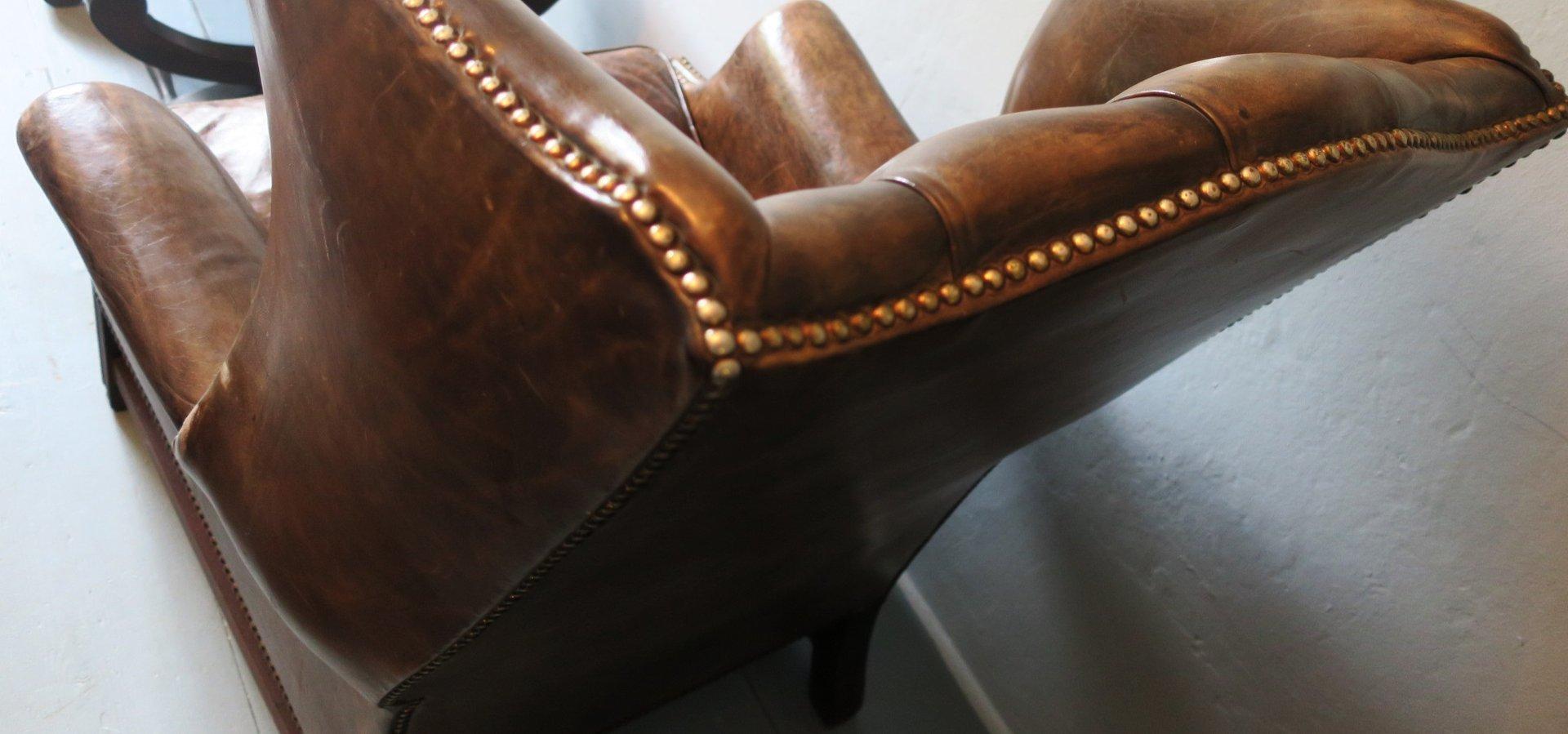 dunkelbrauner vintage leder chesterfield ohrensessel 1980er bei pamono kaufen. Black Bedroom Furniture Sets. Home Design Ideas