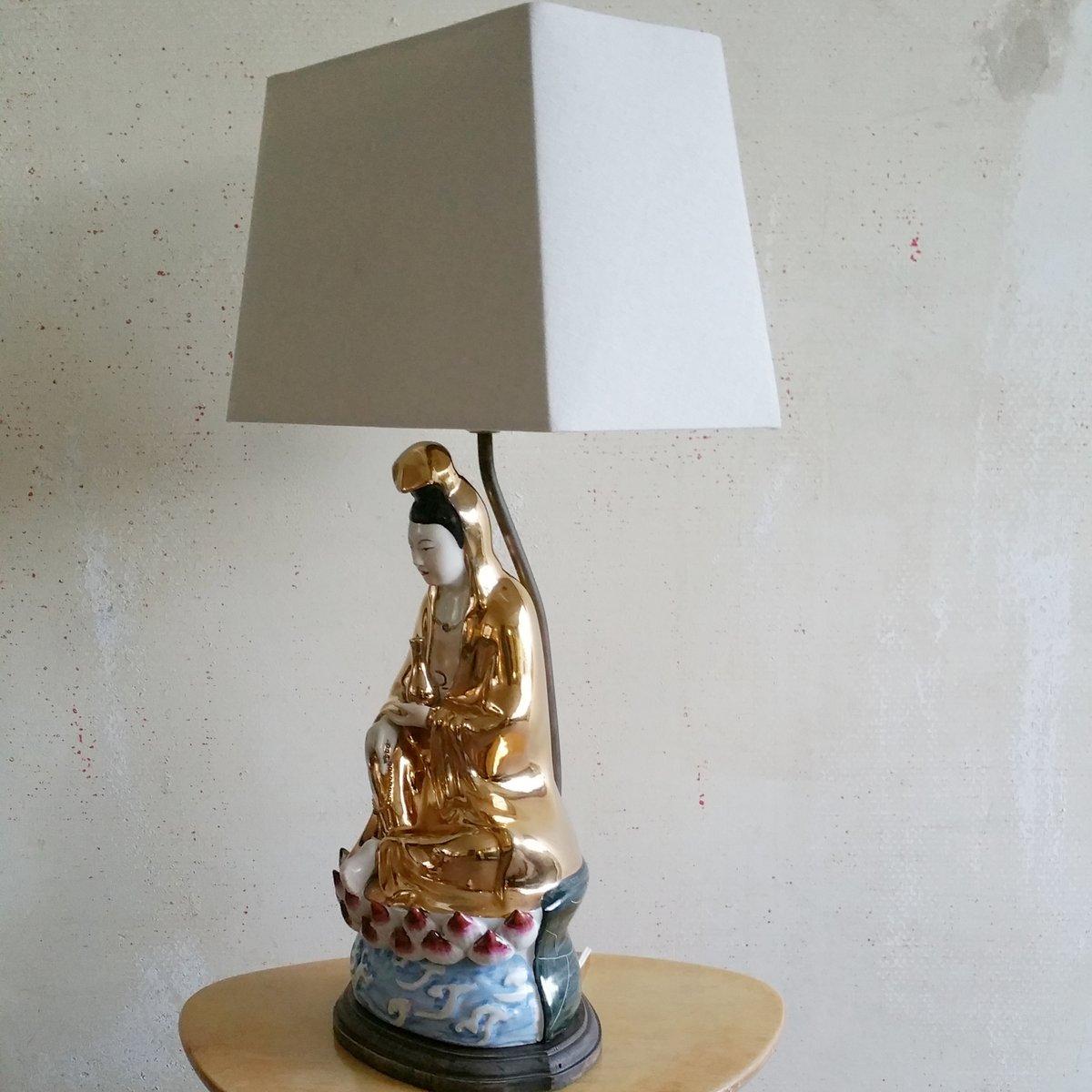 chinesische porzellan tischlampe mit figur 1950er bei pamono kaufen. Black Bedroom Furniture Sets. Home Design Ideas