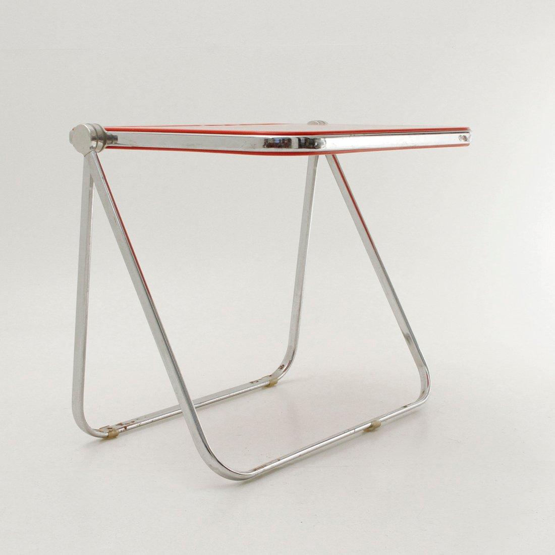 roter platone schreibtisch von giancarlo piretti f r. Black Bedroom Furniture Sets. Home Design Ideas