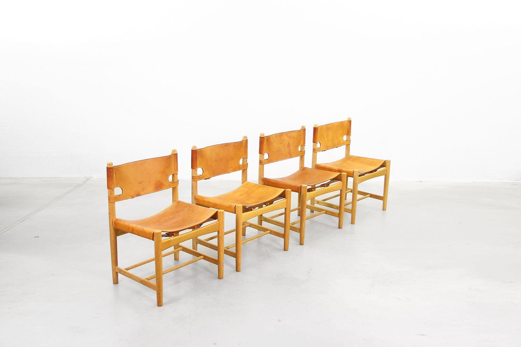 vintage 3237 esszimmer st hle von b rge mogensen f r fredericia stolefabrik 8er set bei pamono. Black Bedroom Furniture Sets. Home Design Ideas