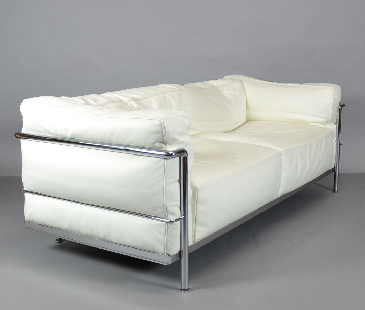 Vintage Lc3 Sofa By Le Corbusier Charlotte Perriand And Pierre Jeanneret For Cina