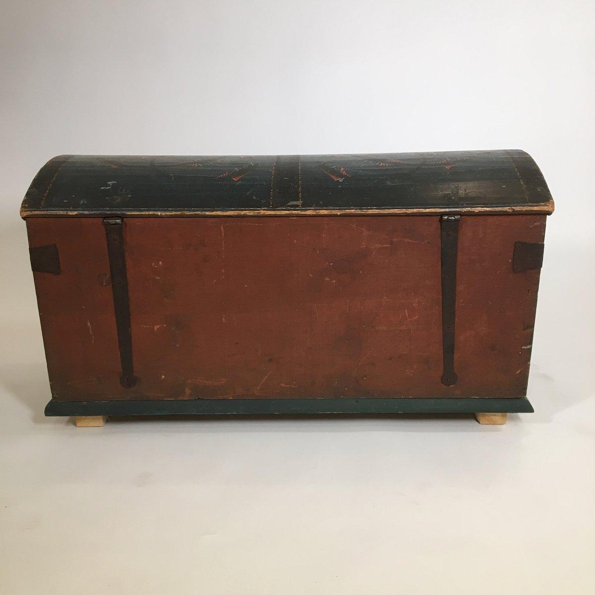 antique swedish wooden chest for sale at pamono. Black Bedroom Furniture Sets. Home Design Ideas