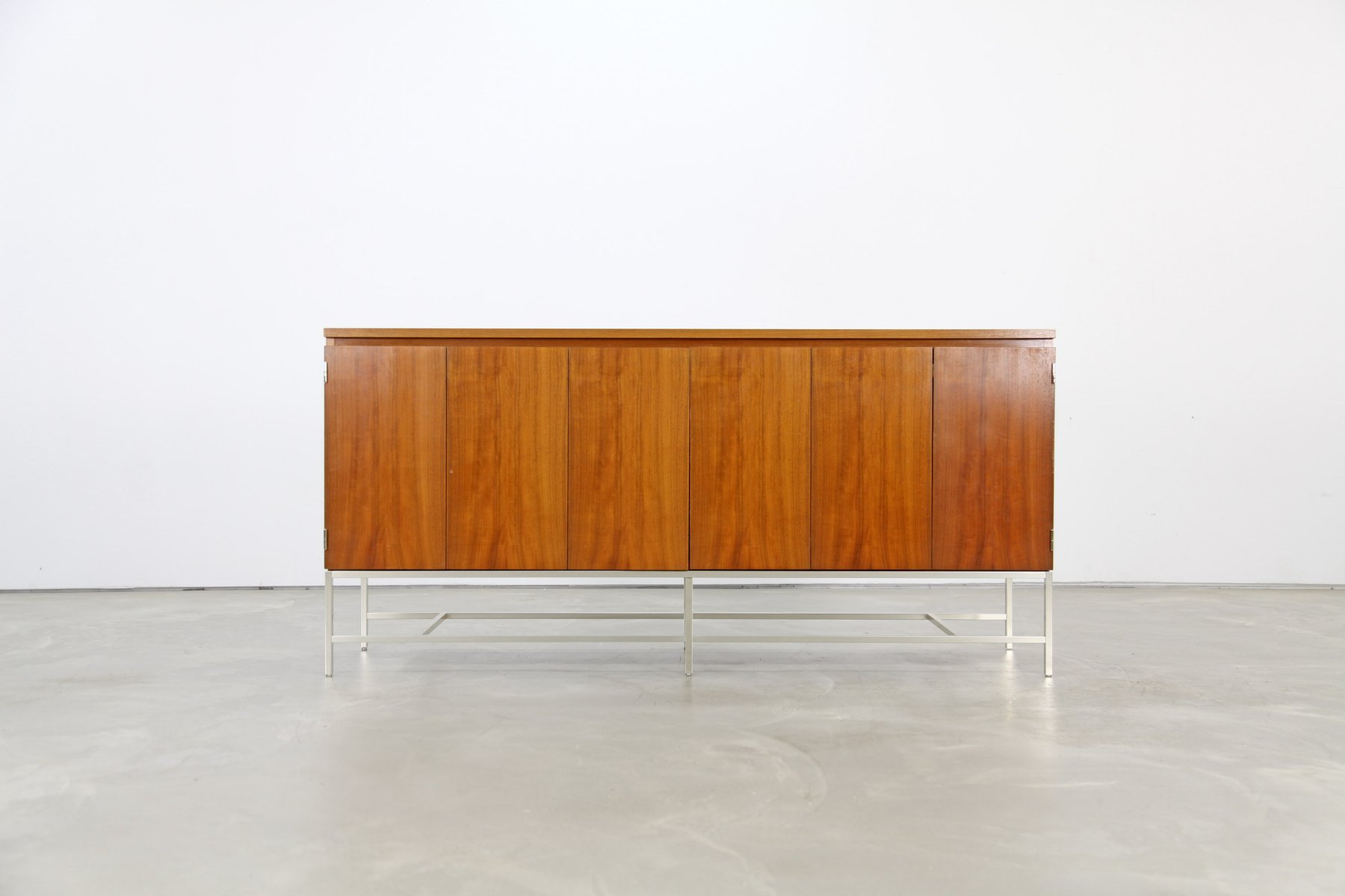 Walnut credenza by paul mccobb for wk 1950s for sale at for 1950 s credenza