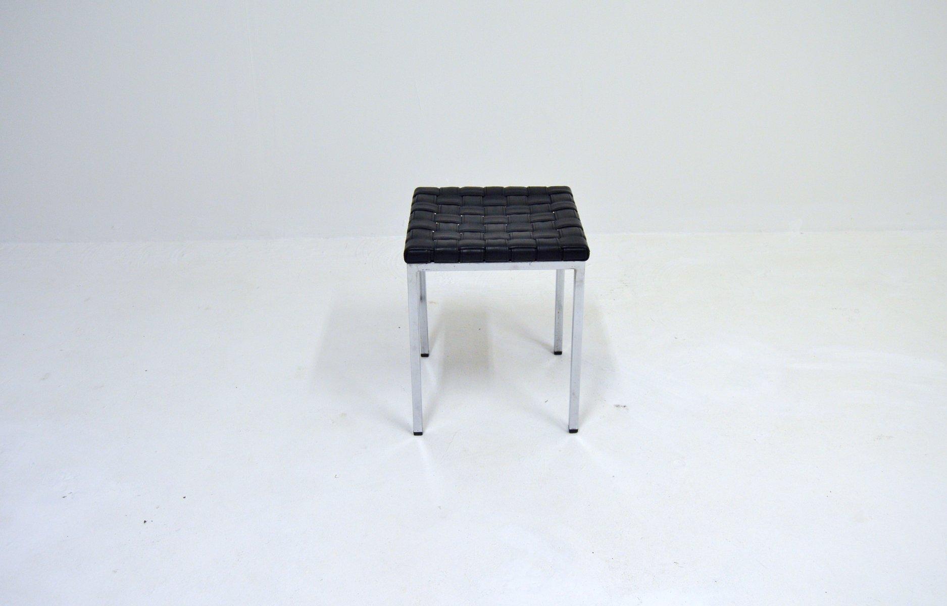Lujoso Cuero Circular Muebles Otomana Imágenes - Muebles Para Ideas ...