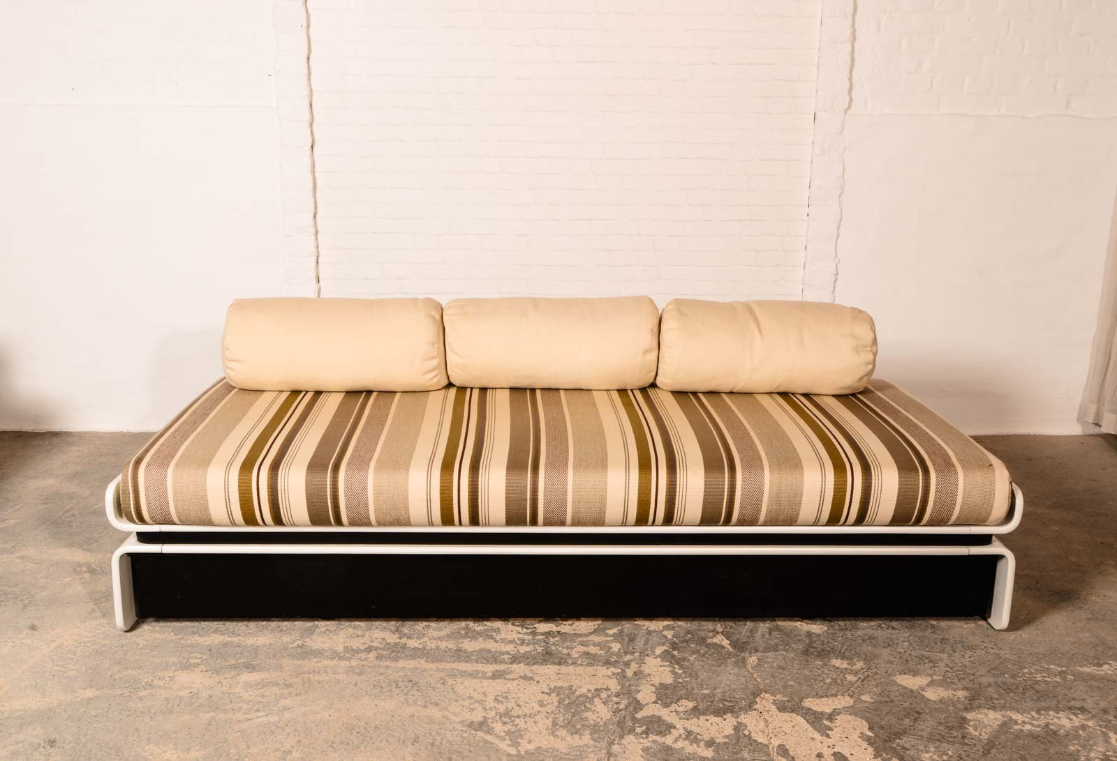 mid century schlafsofa von luigi colani f r cor 1970er bei pamono kaufen. Black Bedroom Furniture Sets. Home Design Ideas
