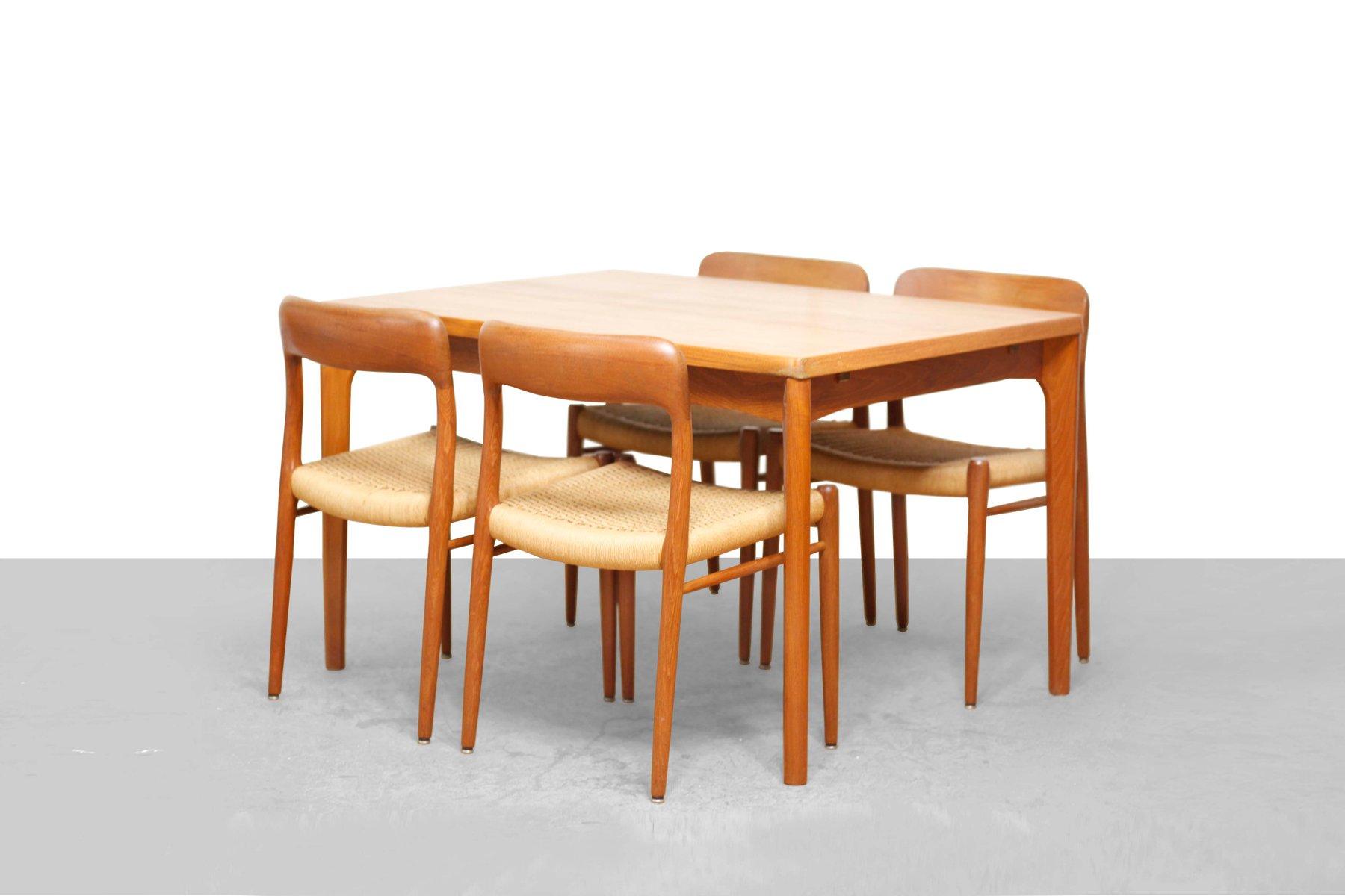 Tavolo da pranzo moderno in teak di Henning Kjærnulf per Vejle ...