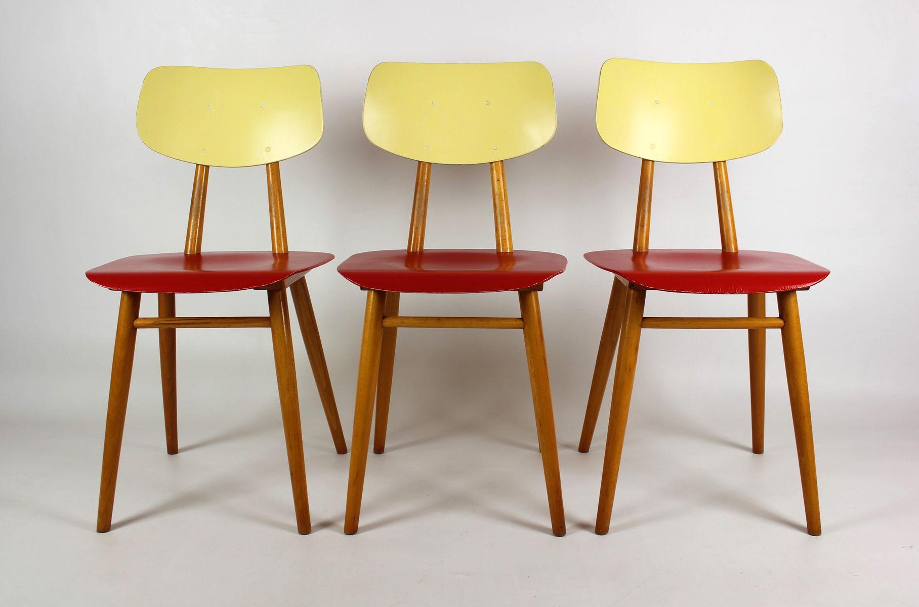 vintage st hle in rot creme von ton 1960er 3er set bei. Black Bedroom Furniture Sets. Home Design Ideas