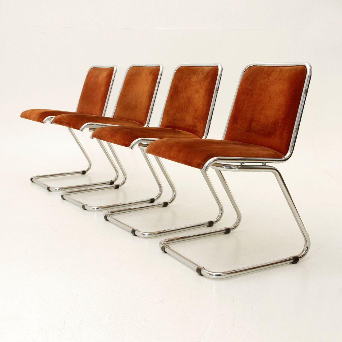 Italienische Esszimmer Stühle aus Chrom & Wildleder, 1970er, 4er Set bei Pamono kaufen