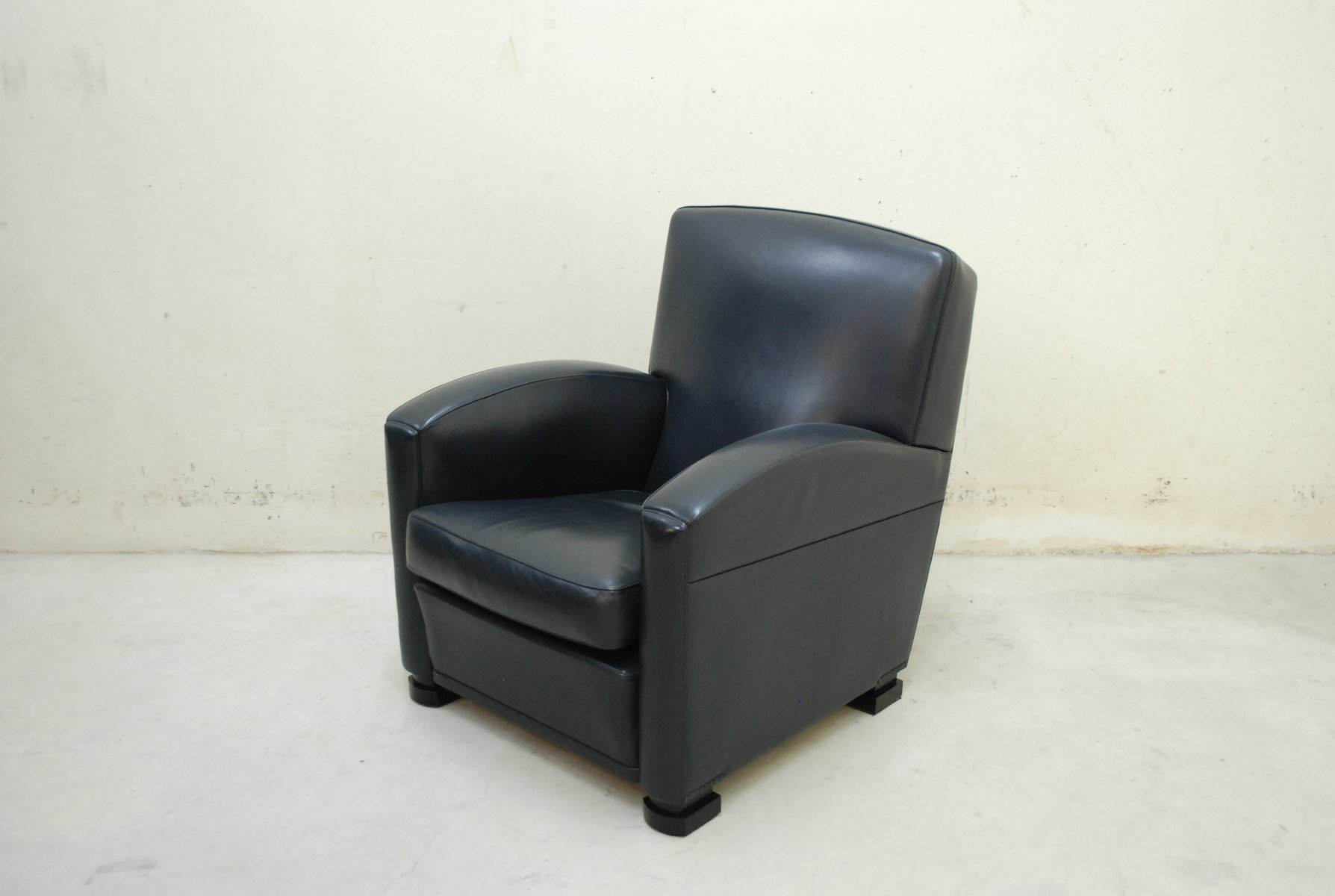 italian tabarin leather armchair from poltrona frau 1985. Black Bedroom Furniture Sets. Home Design Ideas