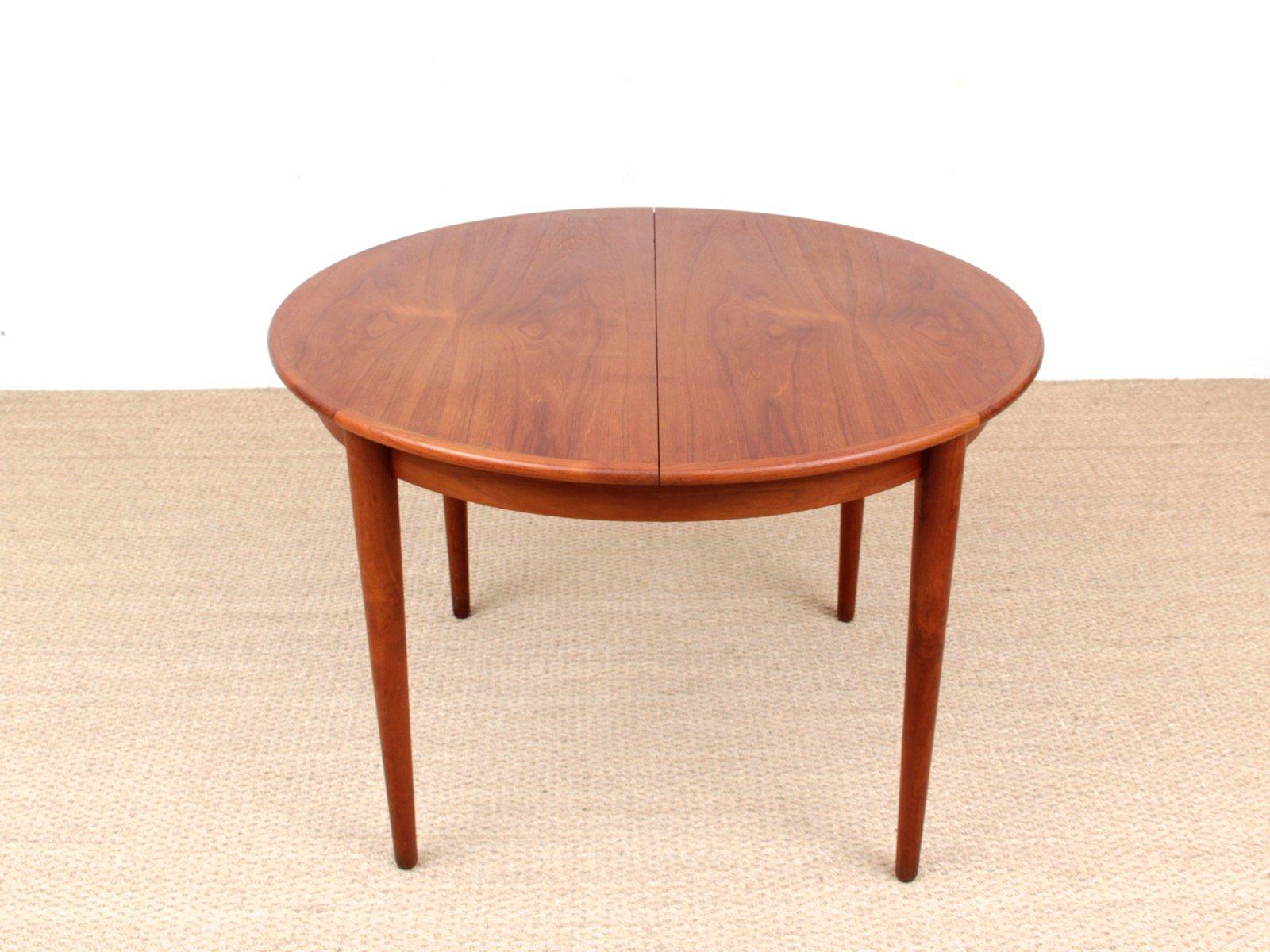 Tavolo da pranzo rotondo in teak, anni \'50 in vendita su Pamono