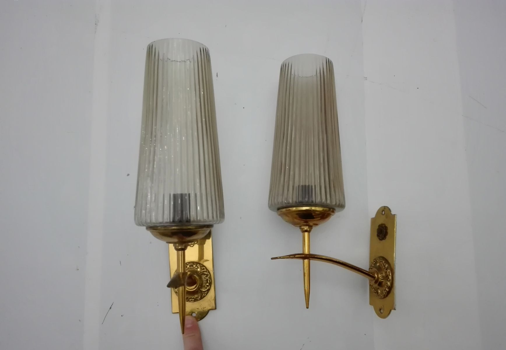 Price $429.00 Regular Price $454.00 & Italian Sconces 1960s Set of 2 for sale at Pamono