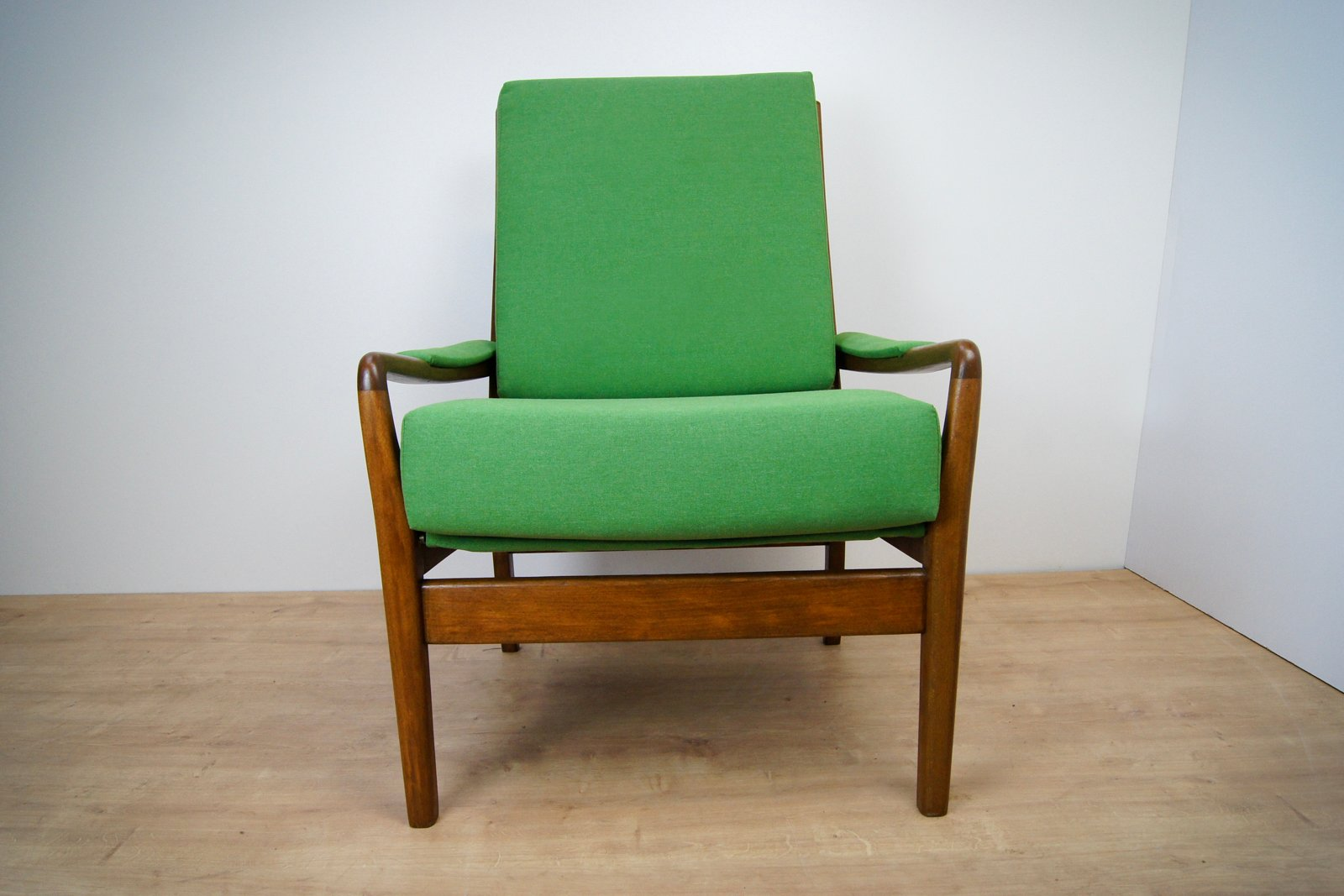 High Quality Vintage Green Armchair From Parker Knoll, 1960s For Sale At Pamono