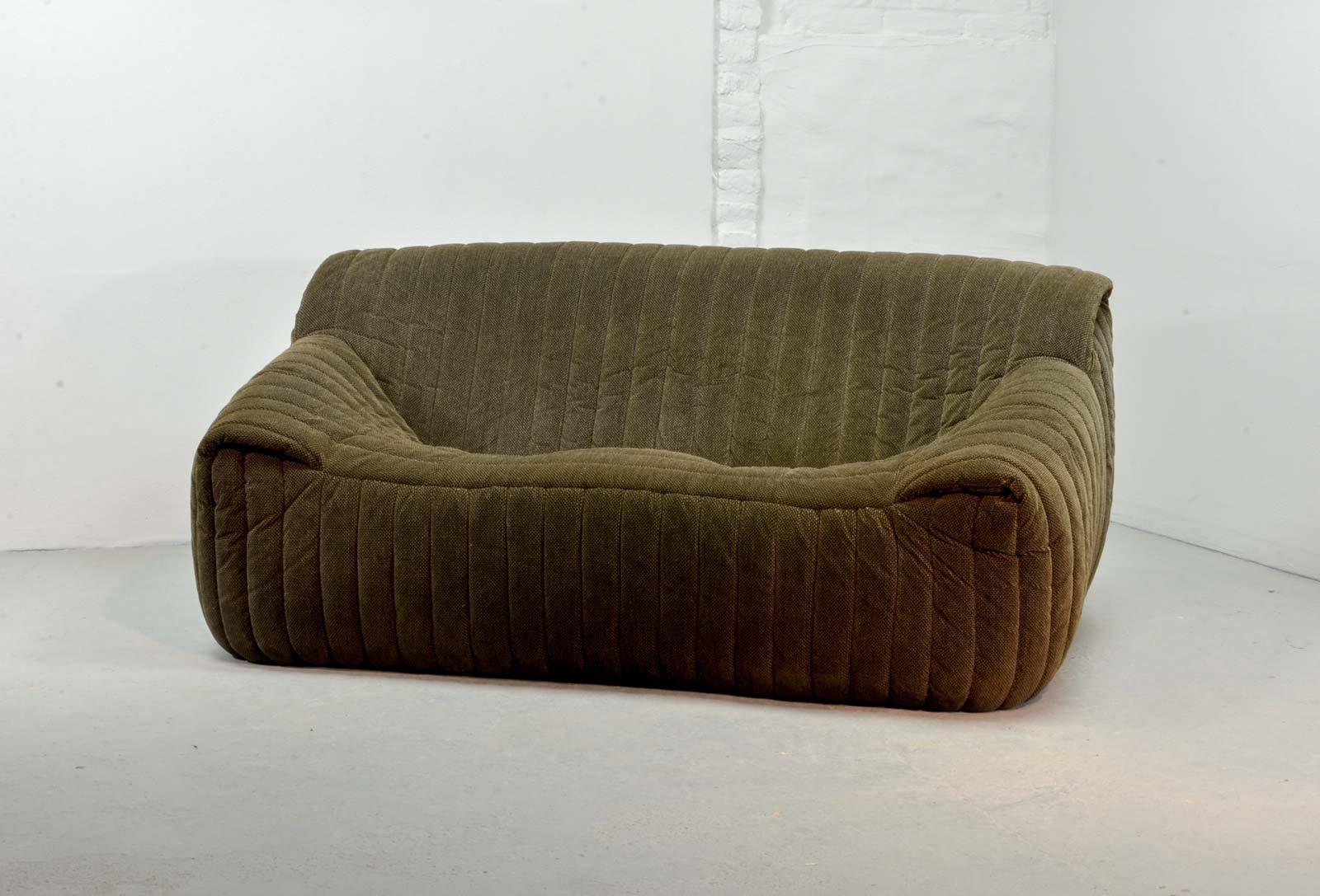 franz sisches 2 sitzer sofa von annie hieronymus f r ligne roset 1970er bei pamono kaufen. Black Bedroom Furniture Sets. Home Design Ideas