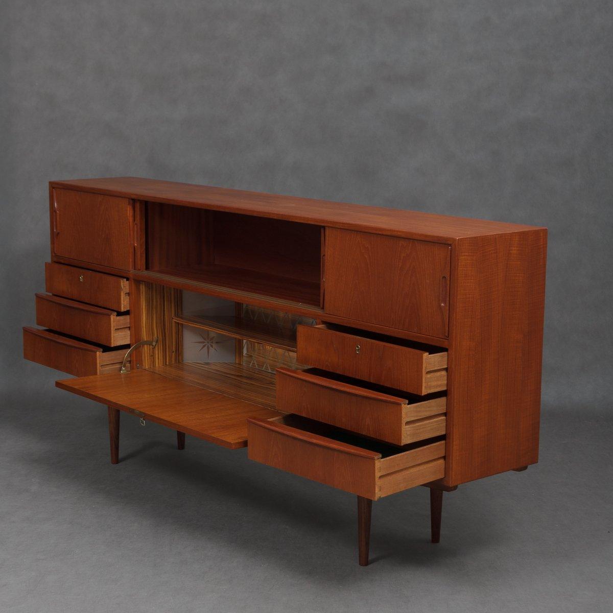 d nisches mid century sideboard mit beleuchtetem bar schrank 1960er bei pamono kaufen. Black Bedroom Furniture Sets. Home Design Ideas