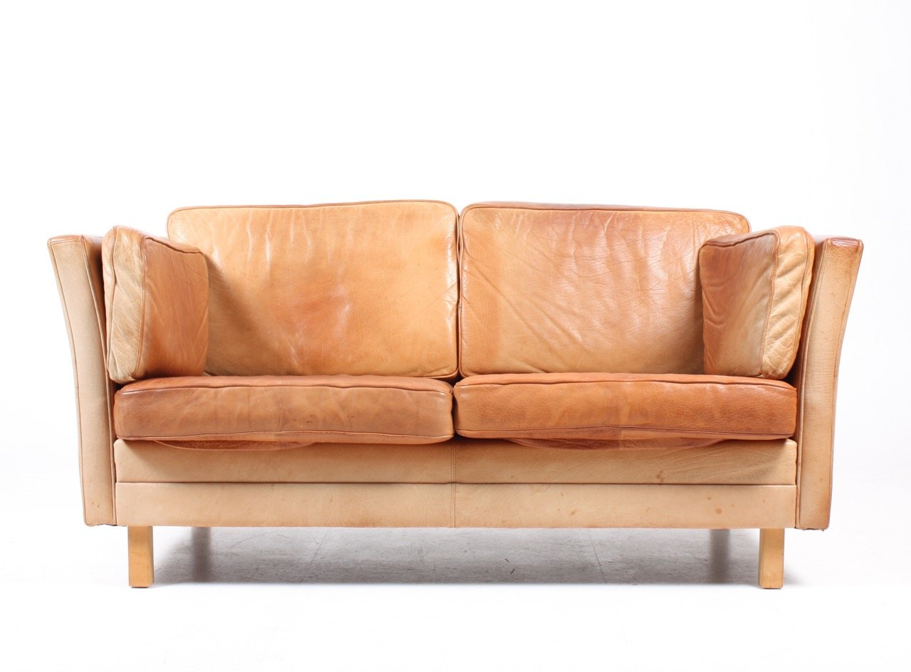 braunes d nisches mid century 2 sitzer leder sofa von mogens hansen 1980er bei pamono kaufen. Black Bedroom Furniture Sets. Home Design Ideas