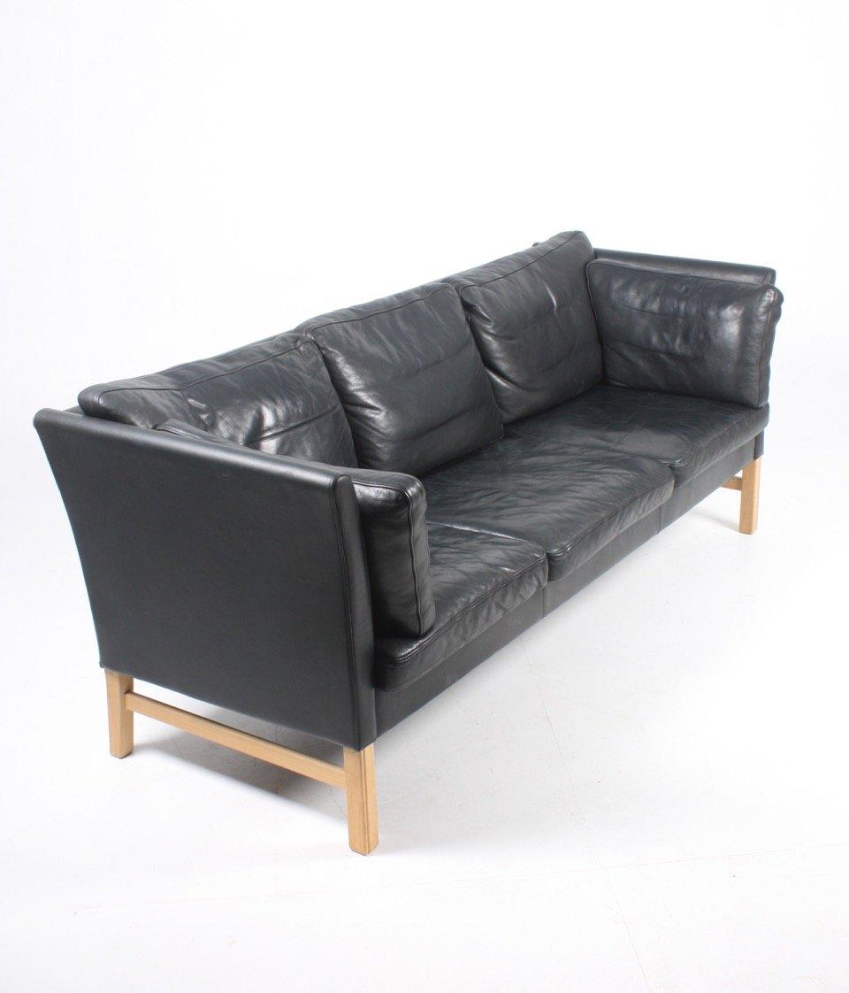 schwarzes d nisches leder sofa von takashi okamura erik marquardsen f r skipper 1980er bei. Black Bedroom Furniture Sets. Home Design Ideas