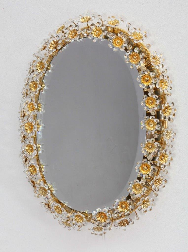 runder hinterleuchteter spiegel mit blumen rahmen aus gold facettiertem kristallglas von palwa. Black Bedroom Furniture Sets. Home Design Ideas