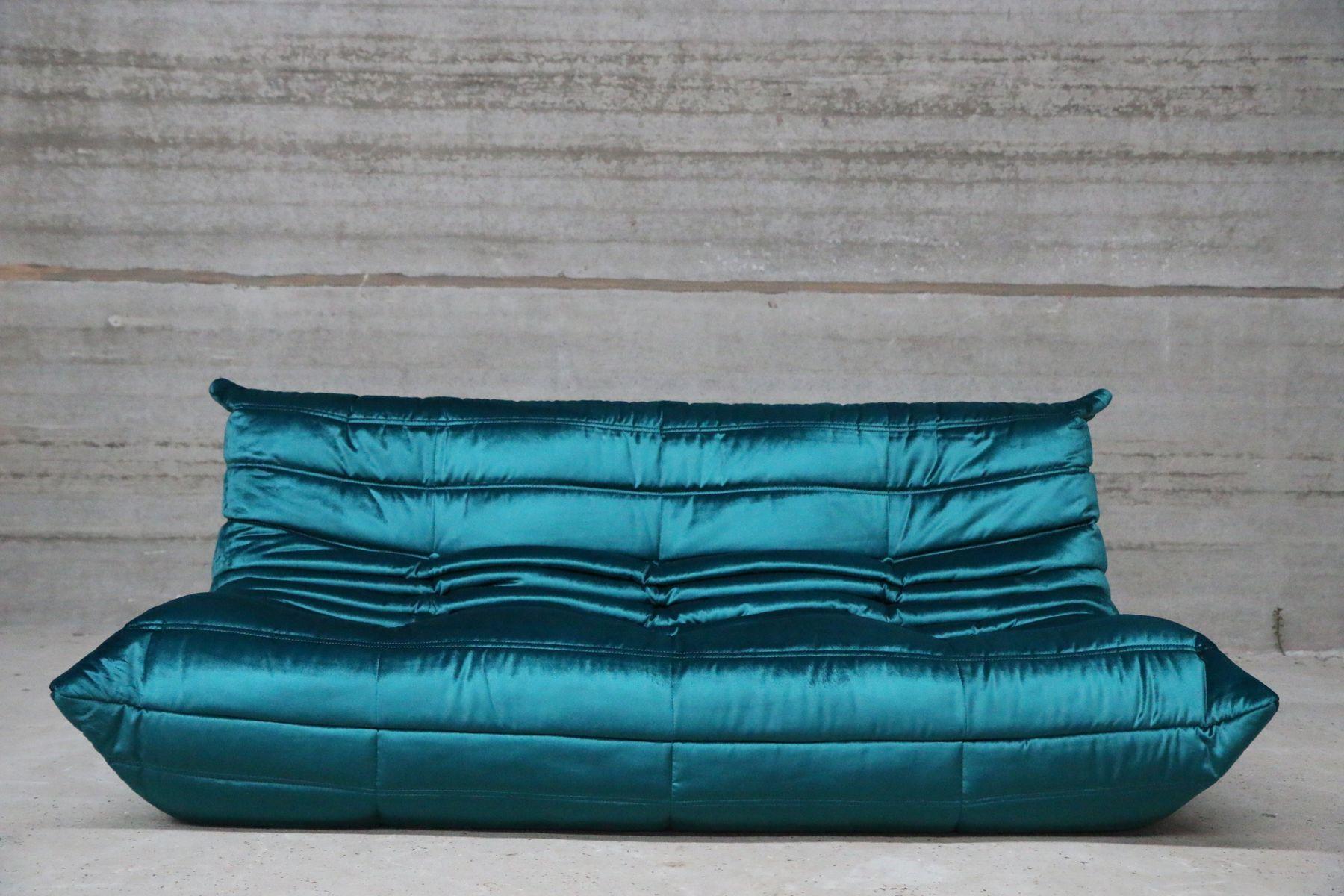 Blaues 3-Sitzer Sofa mit Samtbezug von Michel Ducaroy für Ligne ...