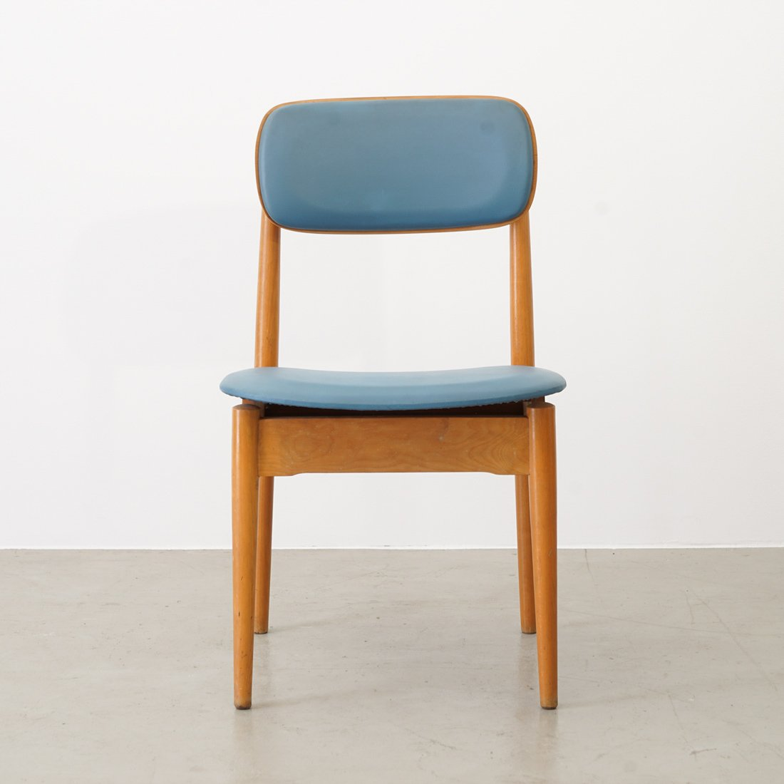 Stupendous Wooden Chairs In Blue Leatherette From Fritz Emme 1957 Set Of 4 Frankydiablos Diy Chair Ideas Frankydiabloscom