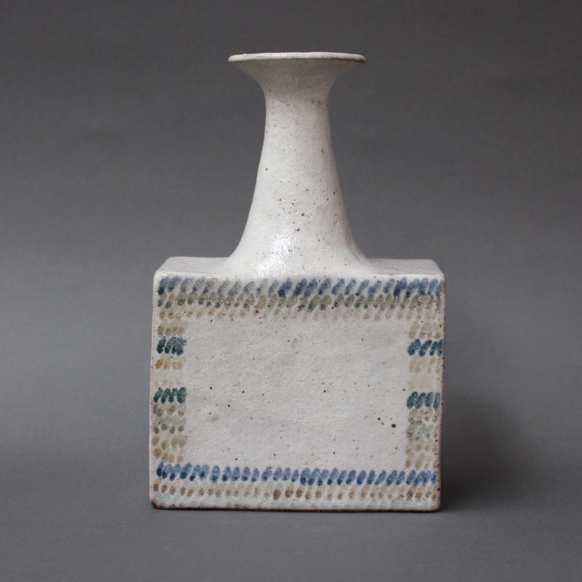 Vintage ceramic vase with geometric line design by bruno gambone vintage ceramic vase with geometric line design by bruno gambone reviewsmspy