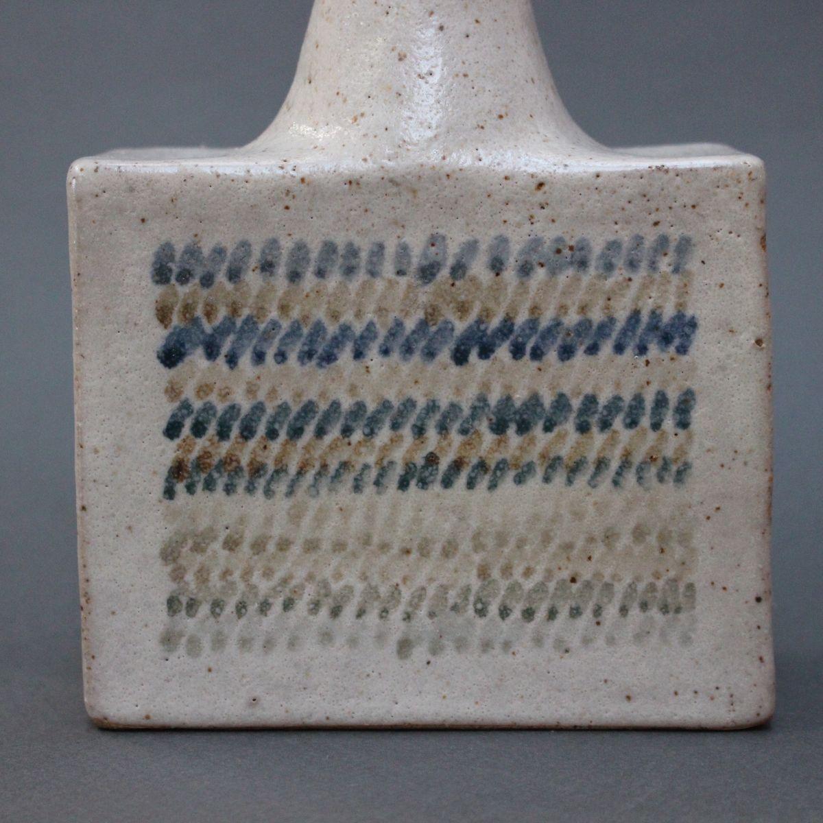 vintage keramik vase mit geometrischem design von bruno gambone bei pamono kaufen. Black Bedroom Furniture Sets. Home Design Ideas