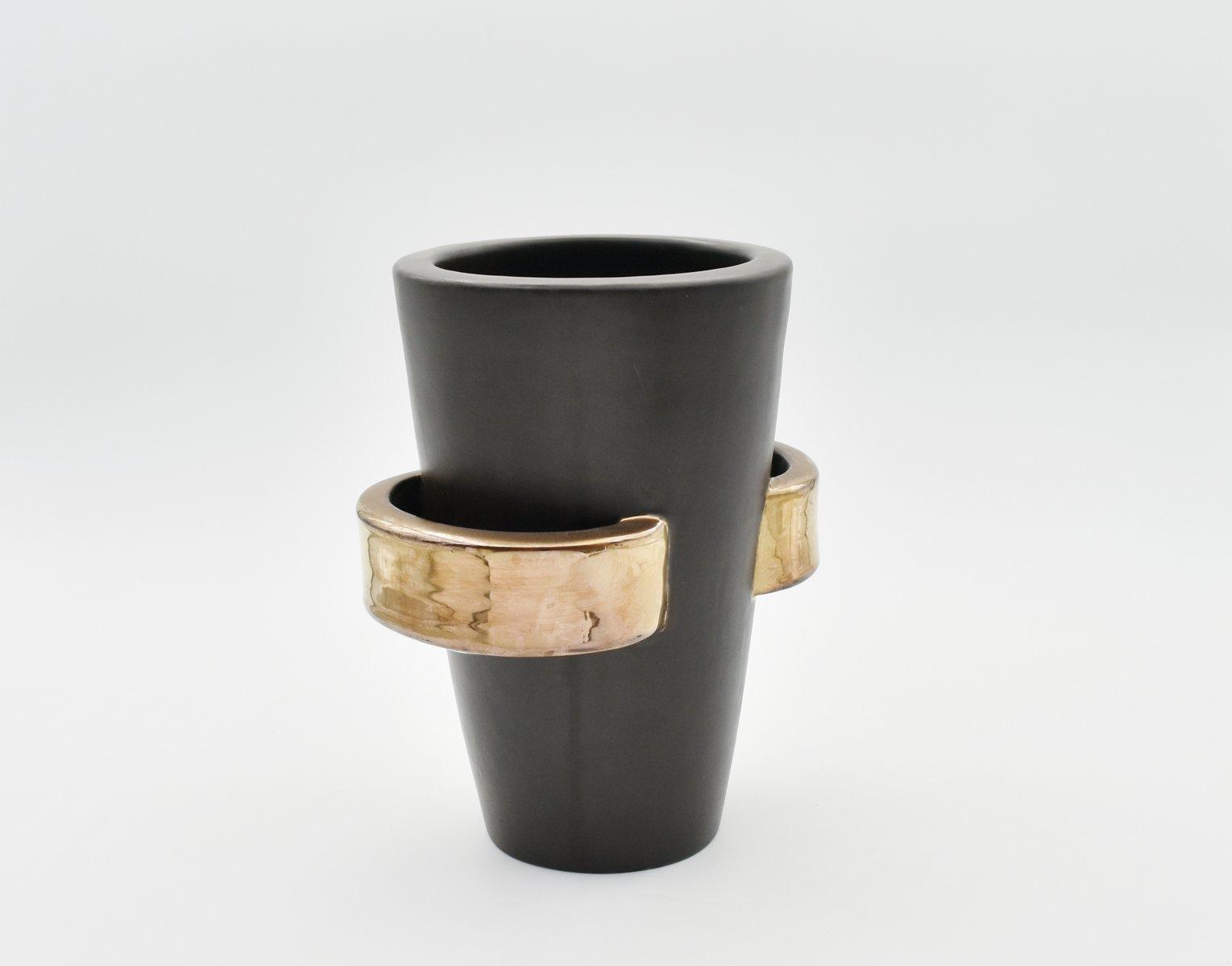 vintage vase mit griffen von louis giraud bei pamono kaufen. Black Bedroom Furniture Sets. Home Design Ideas