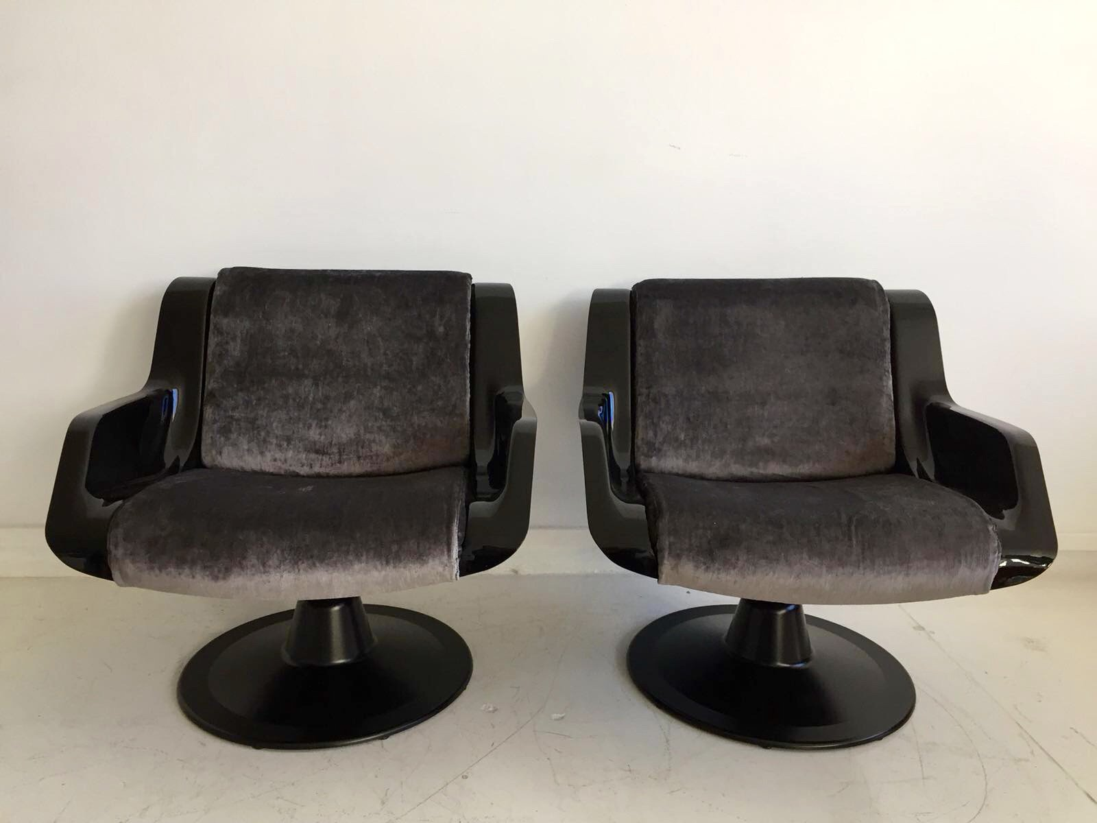chairs furniture seating vladimir at for id club swivel sale chair z kagan nautilus f