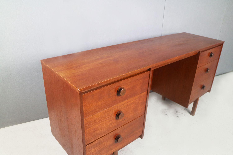 vintage schreibtisch 1970er bei pamono kaufen. Black Bedroom Furniture Sets. Home Design Ideas