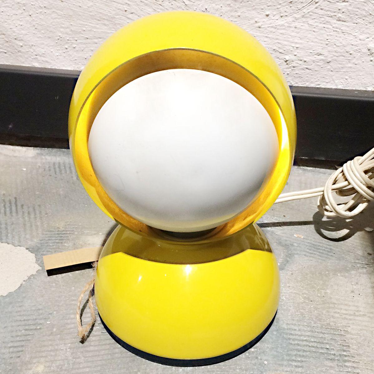 Lampada da tavolo eclisse mid century di vico magistretti per artemide in vendita su pamono - Lampada da tavolo vico magistretti ...
