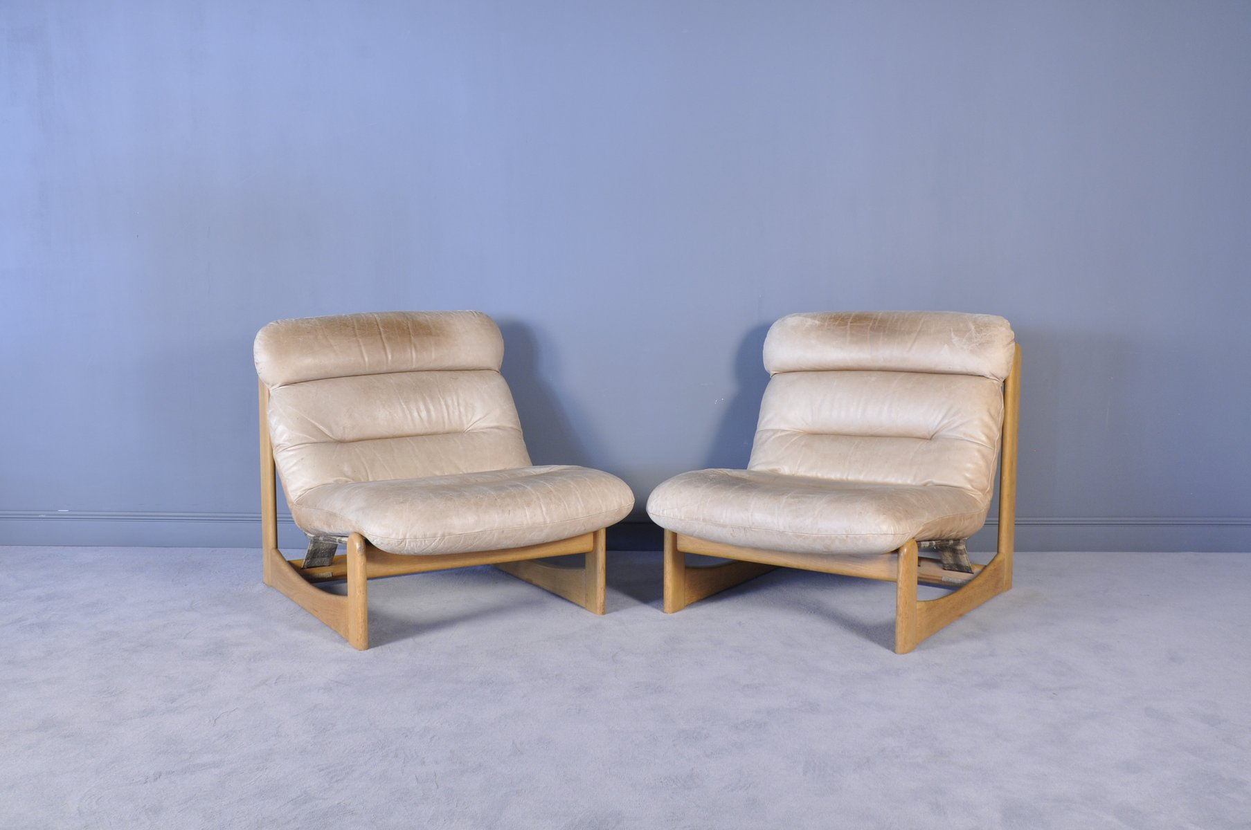 Mid century modern leather lounge chairs set of 2 for for Mid century modern leather chairs